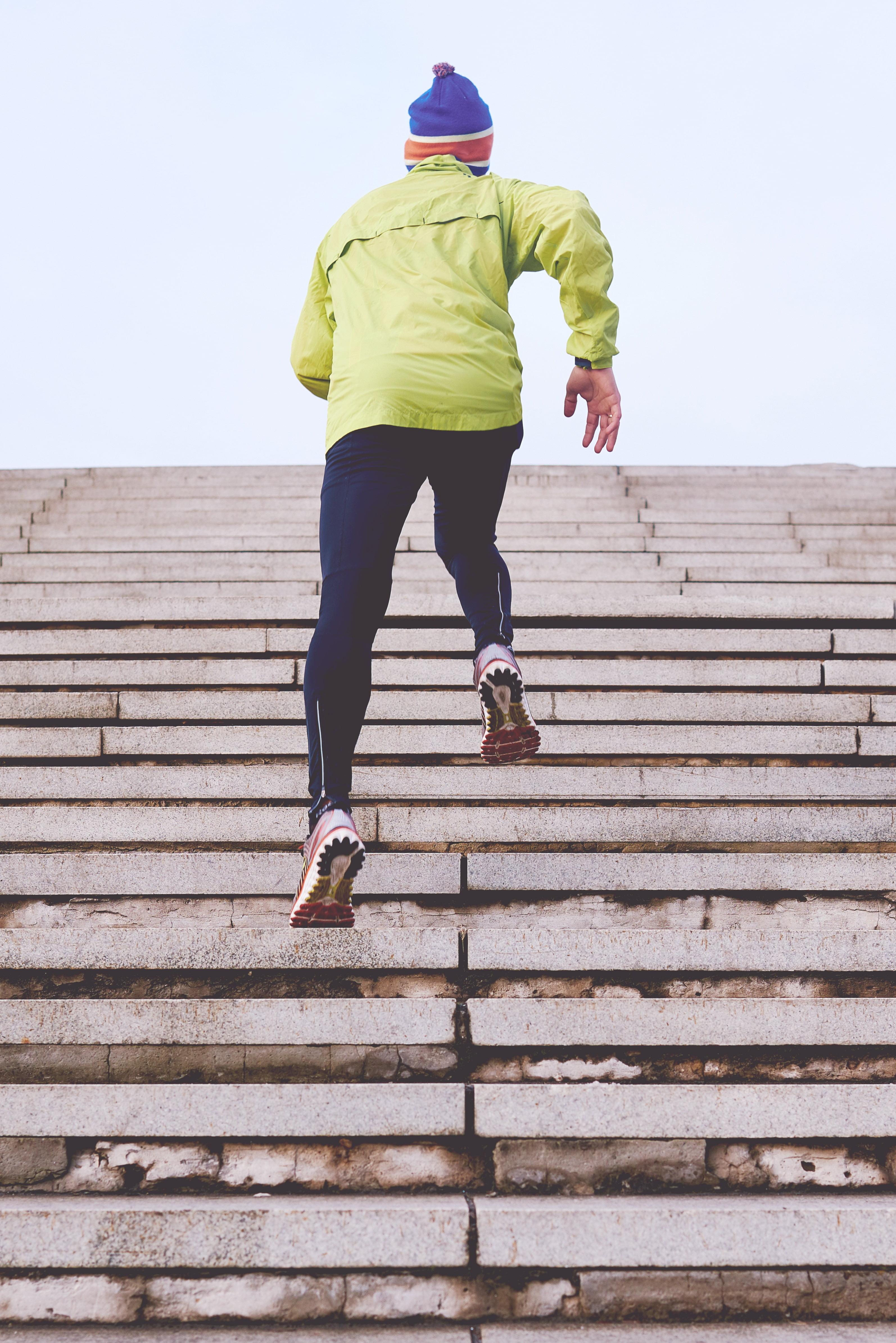 Man rennt Treppen